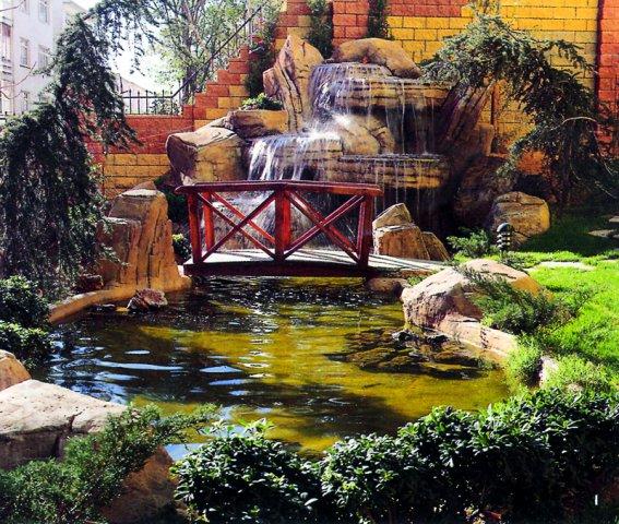 Süs ve Yüzme Havuzları, Şelale